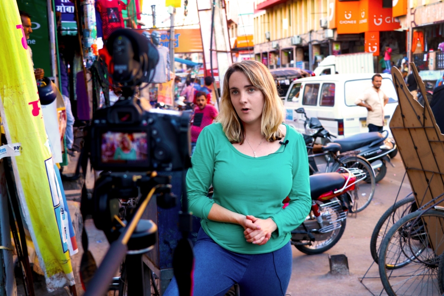 Kemii Maguire, presenting a live cross in Jaipur, India
